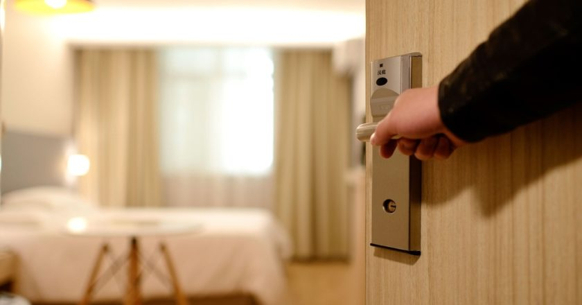 Hotels and Motels: Serving Blind and Low Vision Guests